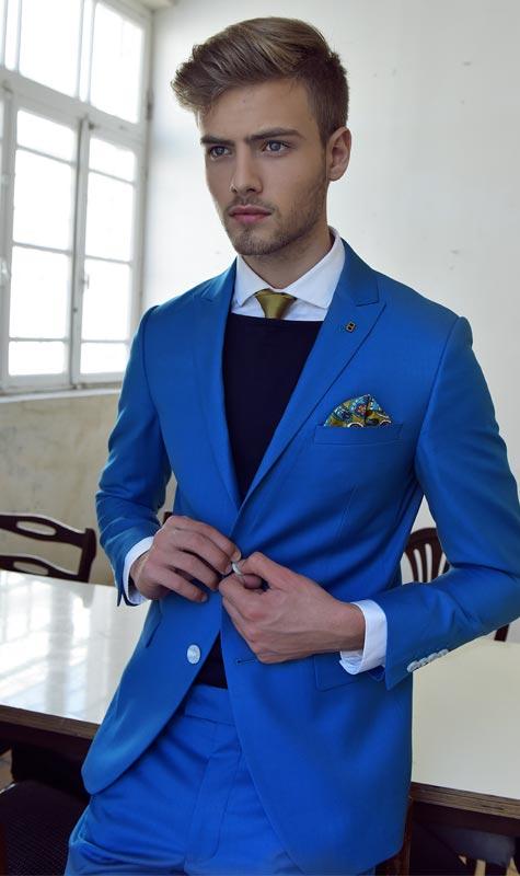 חתן כחול-לבן