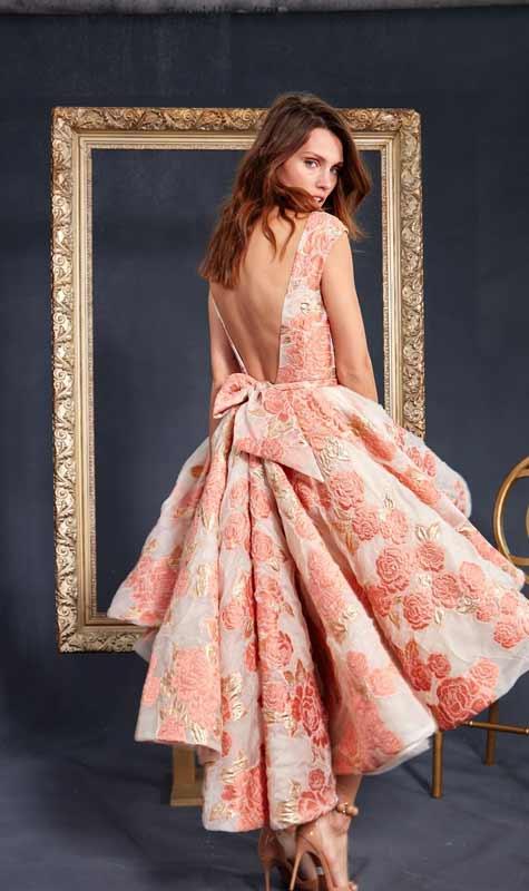 שמלת כלה בצבע אפרסק