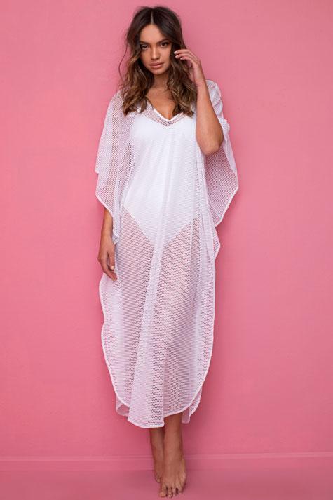 שמלת חוף לבנה