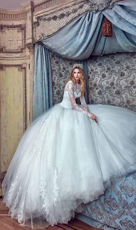 שמלת כלה נפוחה של נסיכה