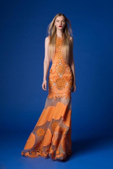 שמלת ערב בצבע מפתיע