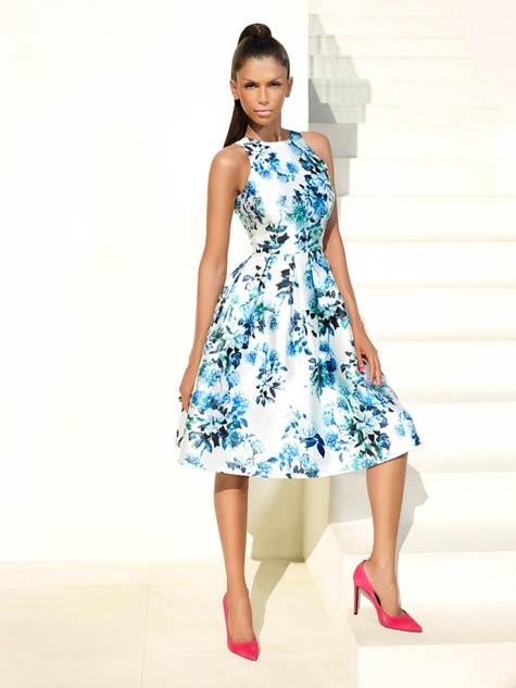 שמלת ערב עם הדפסים פרחוניים