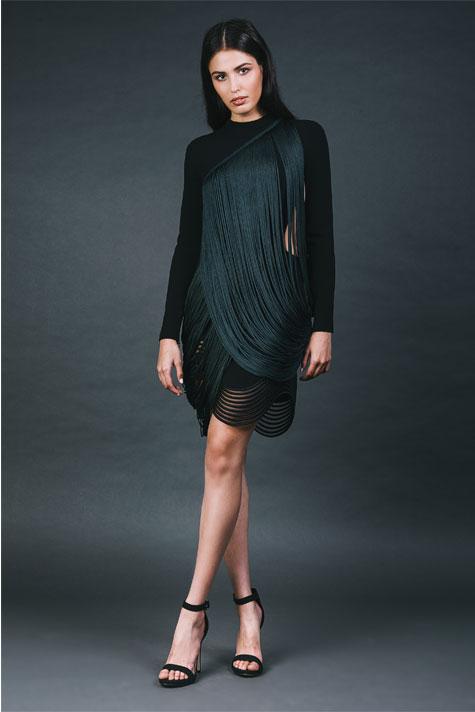שמלת ערב שחורה עם טוויסט