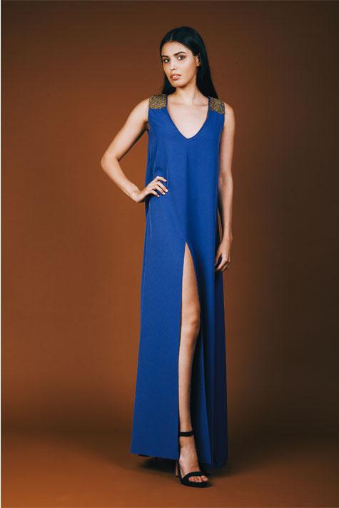 שמלת ערב כחולה עם שסע נדיב
