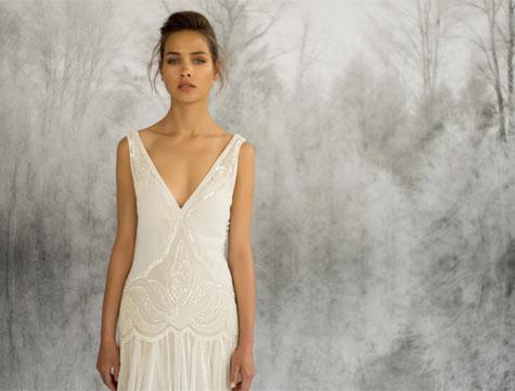 שמלת כלה עם מחשוף וי עמוק