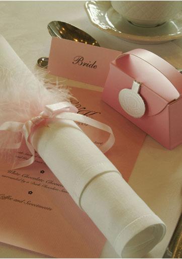 עיצוב ומיתוג חתונה: DIY