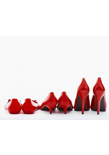 נעלי כלה: אלגנטיות, נקיות והכי חשוב - נוחות!