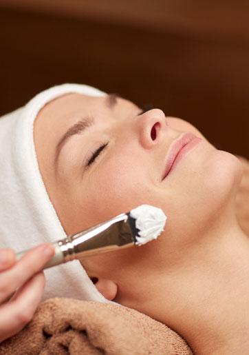 תחת גלי הרדיו: טיפול פנים...