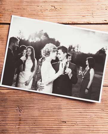 איך בוחרים צלם מגנטים לחתונה?