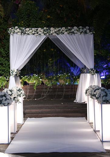 הכל כלול: עסקת החתונה...